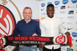 Sportdirektor Christian Hock und Agyemang Diawusie Bild: SVWW