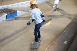 Nich nru für Kids und Jugendliche ... auch ältere tummeln sich gern in der Skaterhalle. Flickr / CC-BY / Kai Oswald Seidler