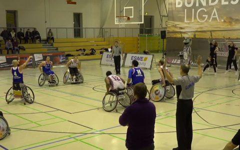Gaz Choudhry von den BG Baskets Hamburg beim Freiwurf.