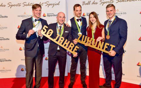 Jan Vandrey (Olympiagold im Zweier Canadier) Max Munski und Maximilian Reinelt (beide Silber mit dem Ruder-Achter), Lisa Marie Schütze (Bronze im Hockey) sowie Ronald Rauhe (Bronze im Einer-Kajak)