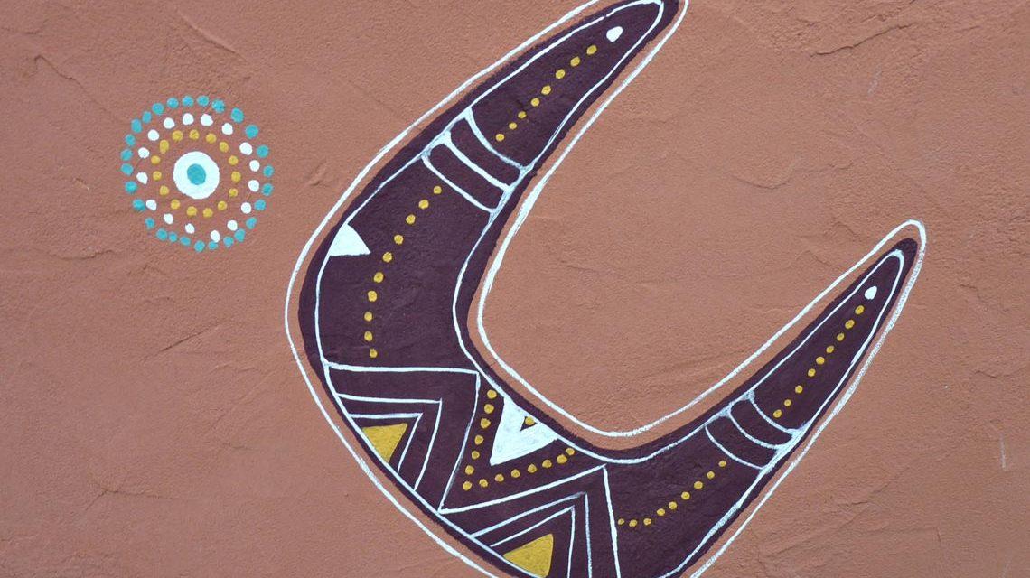 Klare Formen, bunte Farben, Aborigines Kunst. Foto Instinkknipser / pixelio.de