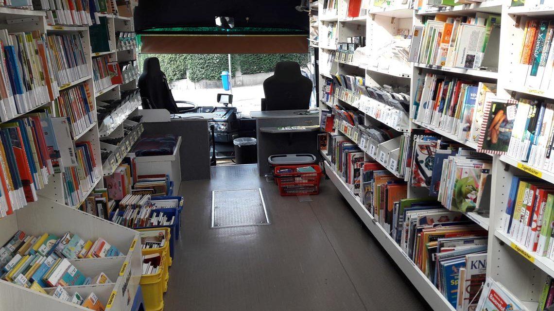Ein Blick in das Heiligste vom Bücherbus für Kids. Bild: Silke Bolender