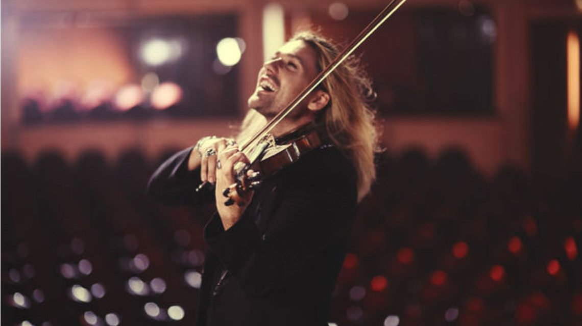 """David Garrett bei den Aufnahmen zu """"TIMELESS - Brahms & Bruch Violin Concertos"""". Foto: Universal Music"""