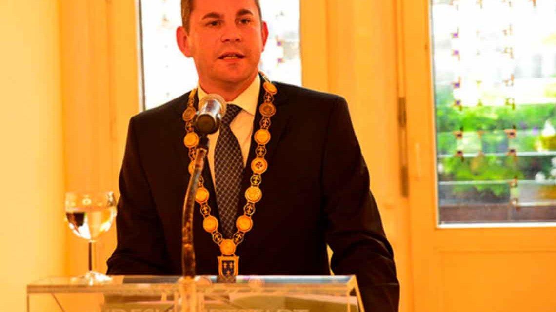 Oberbürgermeister Sven Gerich bei der Verleihung des Helmuth Plessner Preis am 4. September 2014. Arcihvbild: Volker Watschounek