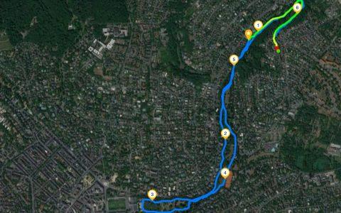 Laufstrecke in Wiesbaden, vom Hofgartenplatz zum Kurhaus. Bild: Volker Watschounek / runtastic