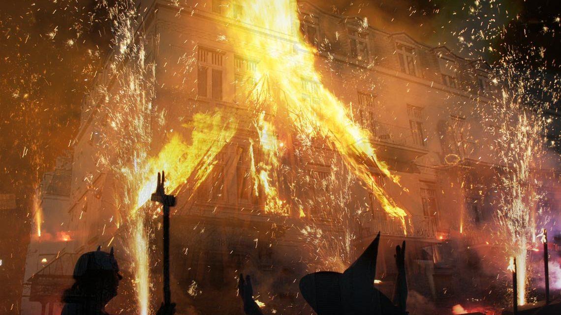 Zuerst Waren Karneval Und Fastnacht Dann Kam Halloween Hinzu Jetzt Hexen Haben Ausgang
