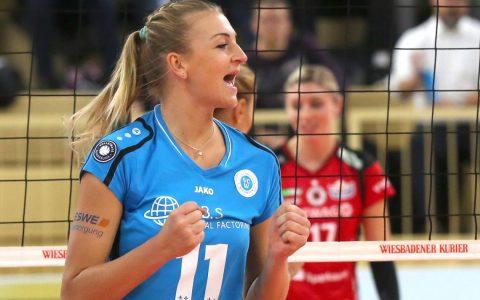 Mittelblockerin Siomona Kosova in Diensten des VC Wiesbaden. Bild: Detlef Gottwald