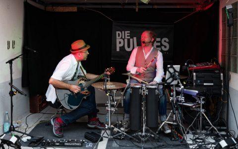 Die Pullies begeisterten am Freitagabend im Hof Klöters. Bild: Ralf Brinkmann