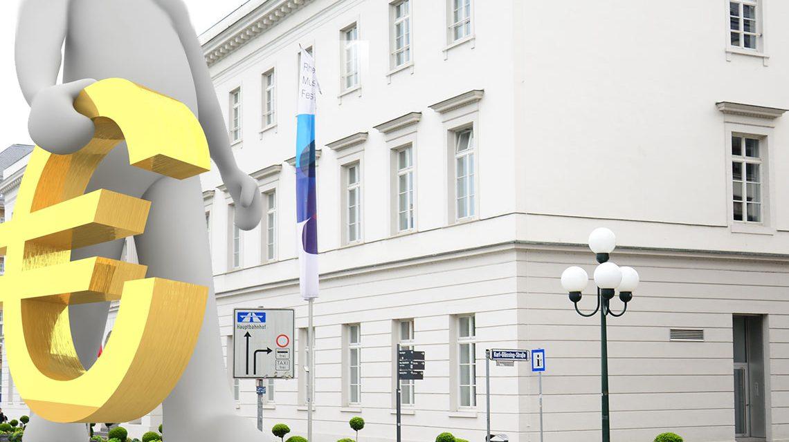 Wirtschaftlicher Aufschwung in Wiesbaden. Bild: Pixabay / Volker Watschounek