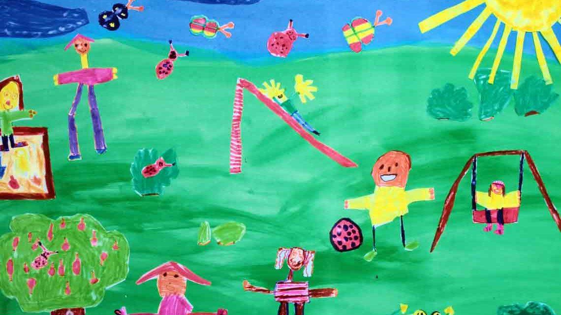 Kinder sehen, Kinder empfinden, Kinder drücken aus – sie malen. Bild: Mohamed Yahya / CC-NBA / Flickr