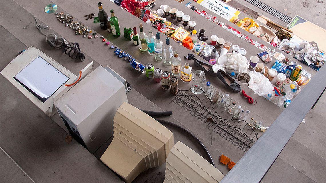 Papier, Glas, Plastik – Elektrogeräte, Metall… Vieles ladnet in der Mülltonne. Bild: Lars Zimmermann / CC-BY Flickr