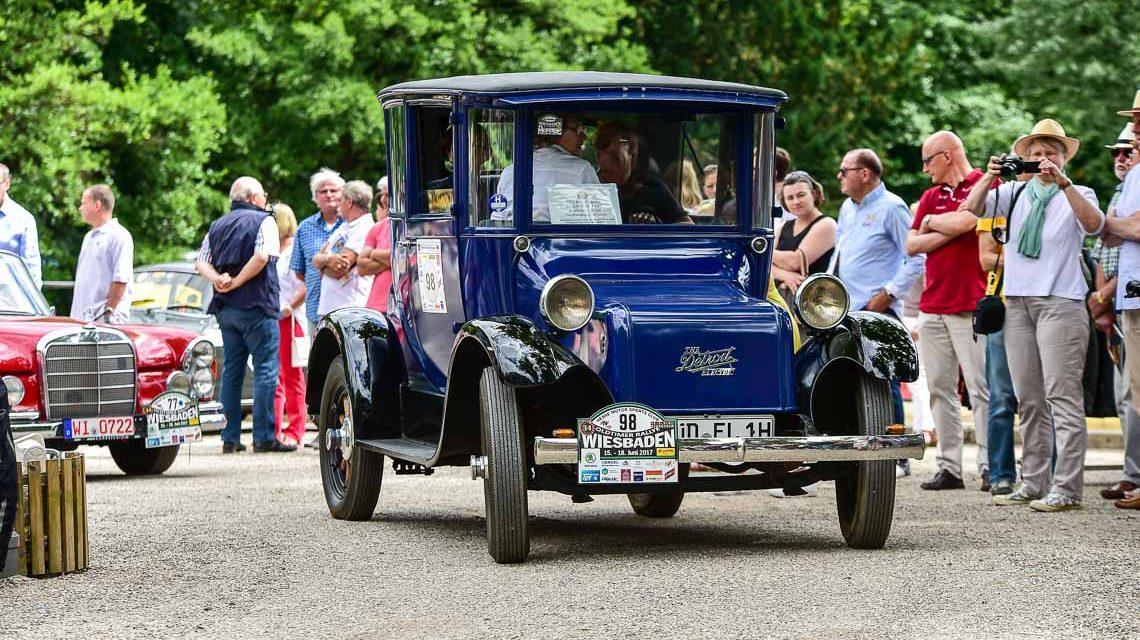 Oldtimer Rallye: Rheingau, Taunus, Kurpark Wiesbaden