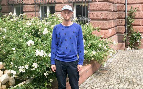 Follow Fluxus-Stipendiat 2017 Gerrit Frohne-Brinkmann in Wiesbaden angekommen. Bild: NKV