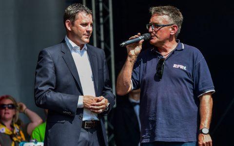 Oberbürgermeister Sven Gerich eröffnete heute um 16:05 Uhr das 40. Wilhelmstraßenfest. Bild: Volker Watschounek
