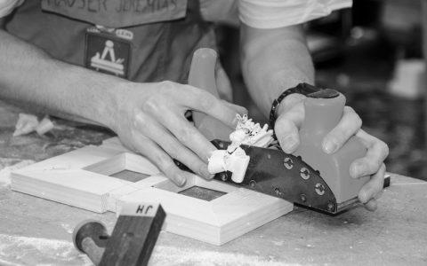 Lehrstellenbörse: Tischler und Schreiner werden ebenso gesucht wie Elektriker… Bild: wohnblogAT / Flickr