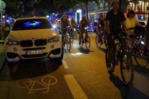 Wiesbadenr Fahrrad-Nacht, 60 Minuten locker quer durch Wiesbaden. Bild: Dirk Vielmeyer