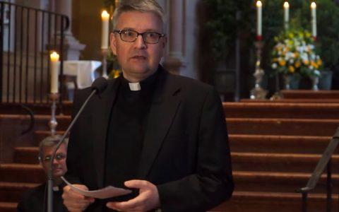 Der Heilige Vater, Papst Franziskus, hat am 18.April 2017 Professor Dr. Peter Kohlgraf zum neuen Bischof von Mainz ernannt. Bild: youtube