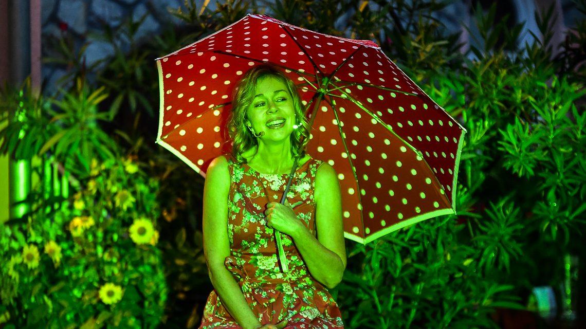 "Sabine Gramenz, ""I'm singing in the rain"". Bild: Volker Watschounek"