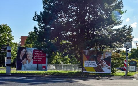 Wahlplakate an der Berliner Straße. Bild: Ayla Wenzel