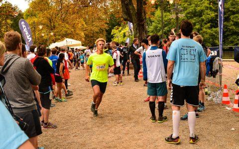 25-Stunden-Lauf Wiesbadener Kurpark Bild: Volker Watschounek