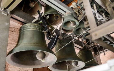 Zu jeder Viertelstunde klinge es: Das Glockenspiel der Marktkirche. Kantor Thomas Jörg Frank hat das Motiv komponiert. Bild: Volker Watschounek