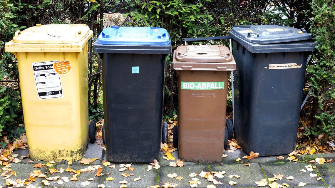 Müllleerung ... ©2017 Marco Verch / Flickr
