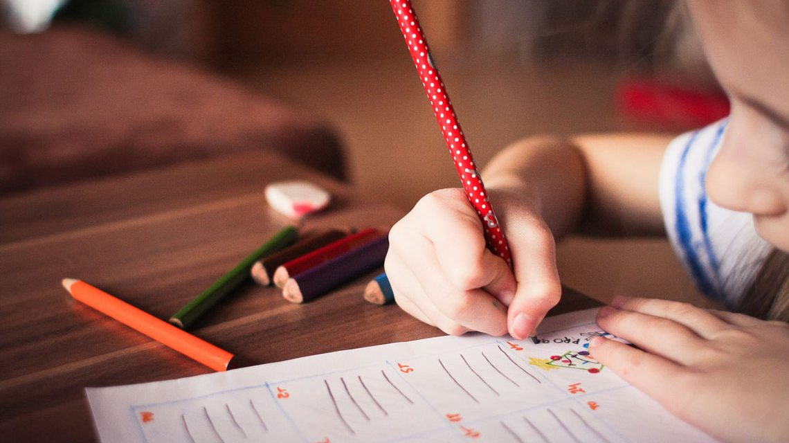 Grundschüler schreibt ... Bild: Scubia