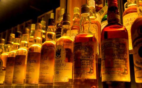 Single Barrel Bourbon, Tennessee Whiskey, Blended American Whiskey, Bonded Whiskey / Bottled in Bond ... Bild: ©2017 Joe Pieta / Flickr
