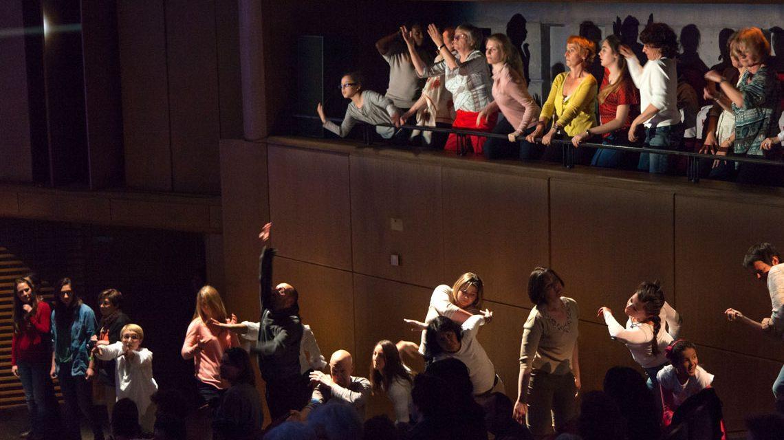 Außergewöhnliches Tanzkonzert mit 150 Tanzbegeisterten. Bild: @2017 Luc Bonnemazou