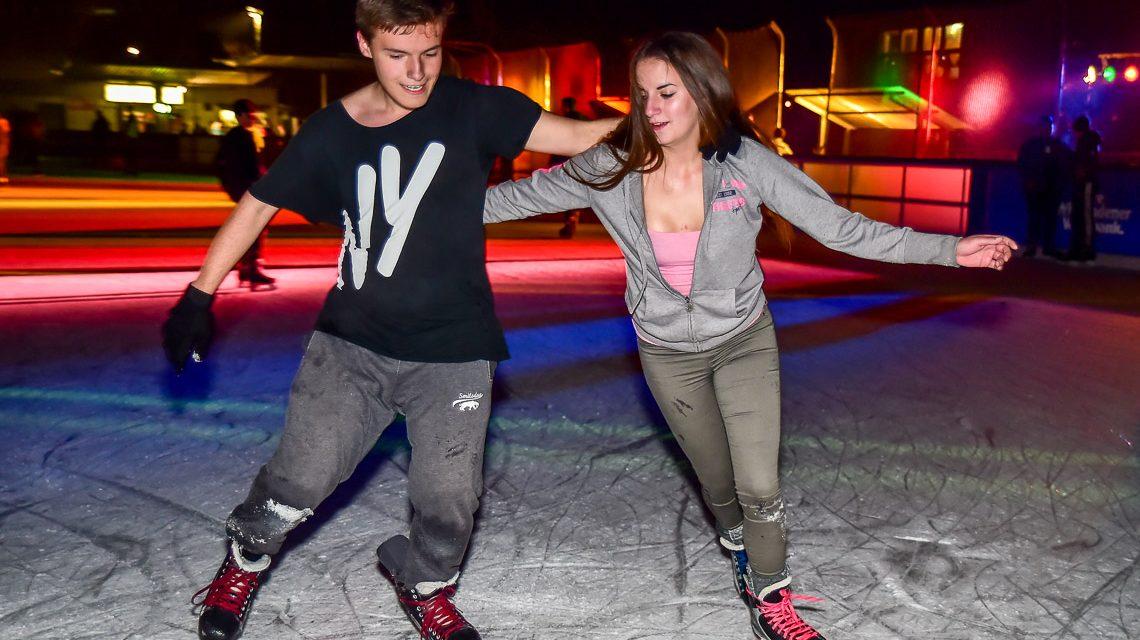 Die Eisdisco Saison auf der Henkell-Kunsteisbahn ist eröffnet