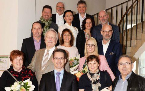 IHK-Präsident Dr. Christian Gastl (Mitte) mit den Repräsentanten der Jubiläumsunternehmen. @2017 Paul Müller