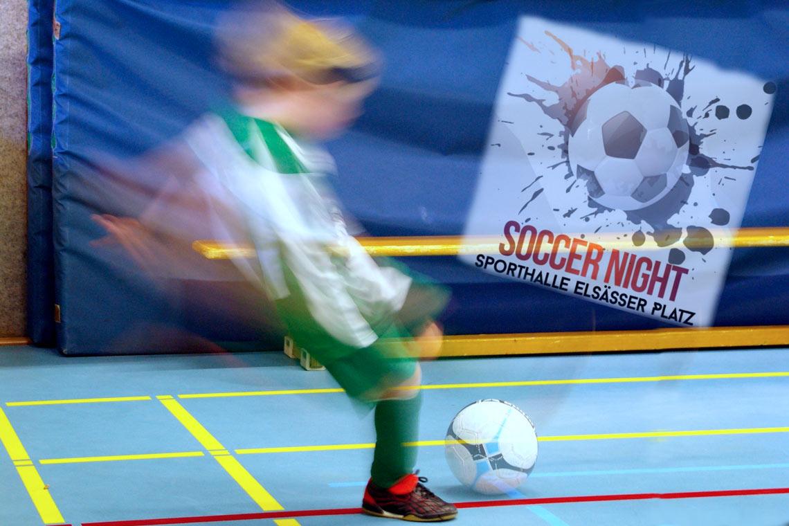 Street Soccer in der Sporthalle am Elsässer Platz. Flickr: Frerk Meyer / bearbeitet Watschounek