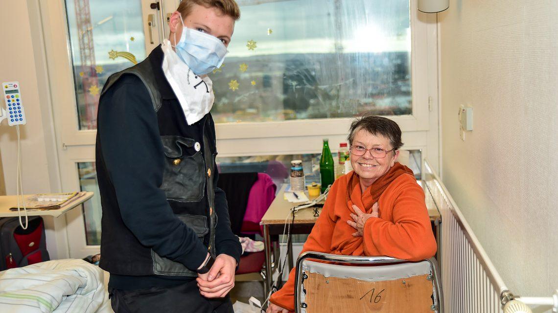 Schornsteinfeger besuchten die Horst-Schmidt-Kliniken Wiesbaden