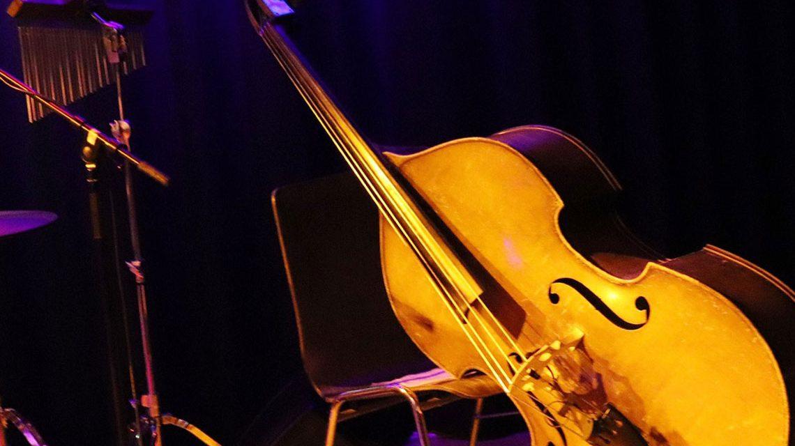 Jazz im thalhaus. Bass ©2018 Carsten Simon