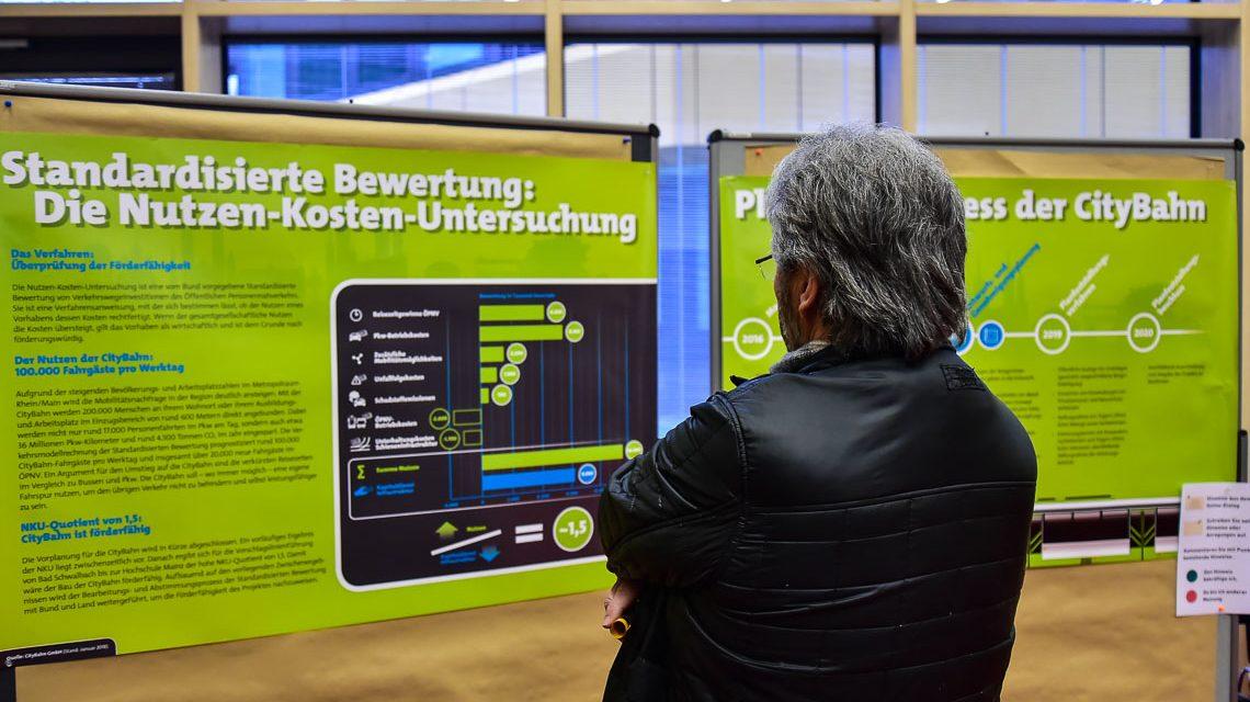 CityBahn Info-Messe an der Hochschule RheinMain. Das Interesse war groß. ©2018 Volker Watschounek