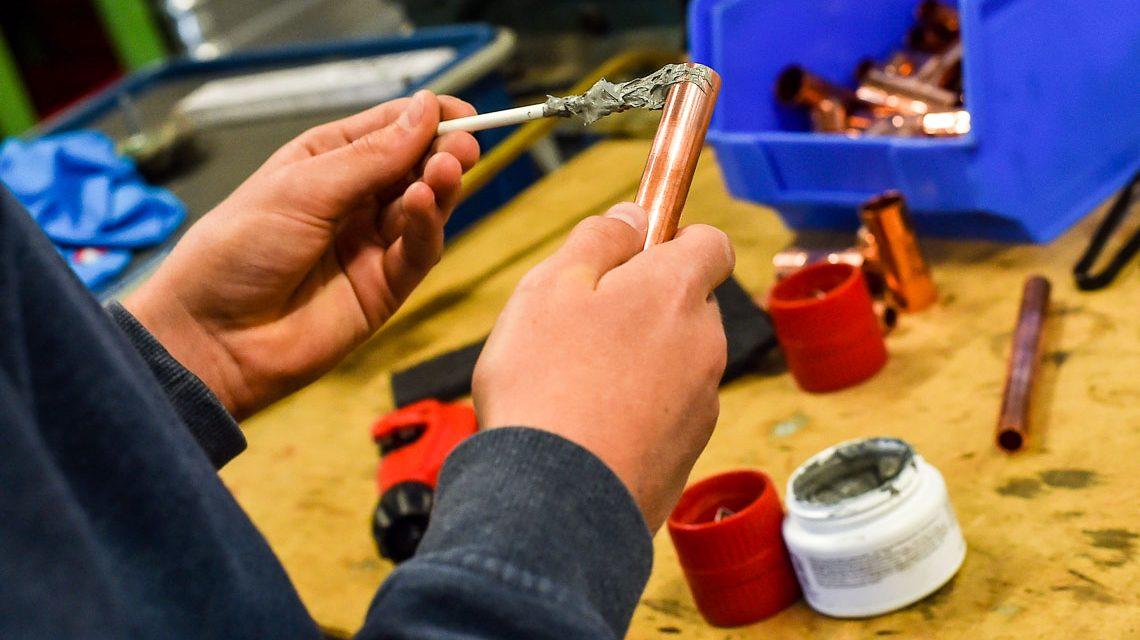 Wiesbadens Handwerkskammer informiert Schüler über die Ausbilundgsnöglichkeiten im Wiesbadener Handwerk. Bild: Volker Watschounek