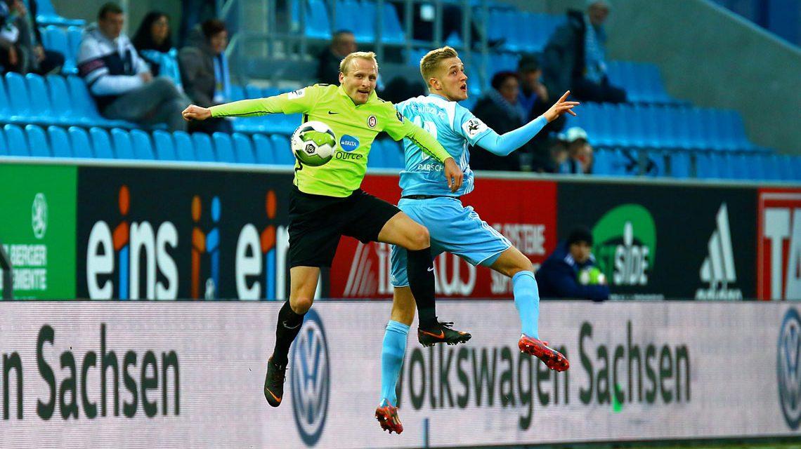 Wiesbaden gewinnt Nachholspiel in Chemnitz
