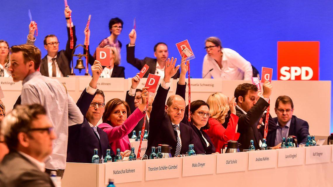 Die erste SPD-Parteichefin heißt Andrea Nahles