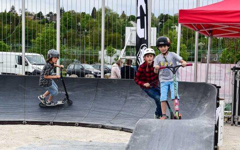 """Eröffnung und Inbetriebnahme der Wiesbadener """"Pump Track"""" und Wiedereröffnung der Skatehalle mit dem Skatefestival Rollt. Sommerpark"""