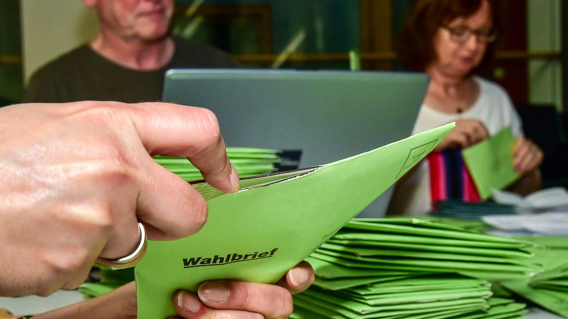 Wahlhelfer für Landtagswahl gesucht. ©2018 Volker Watschounek
