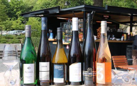 Genuss zu Füßen der Germania am Weinstand am Niederwalld. 2018 Privat