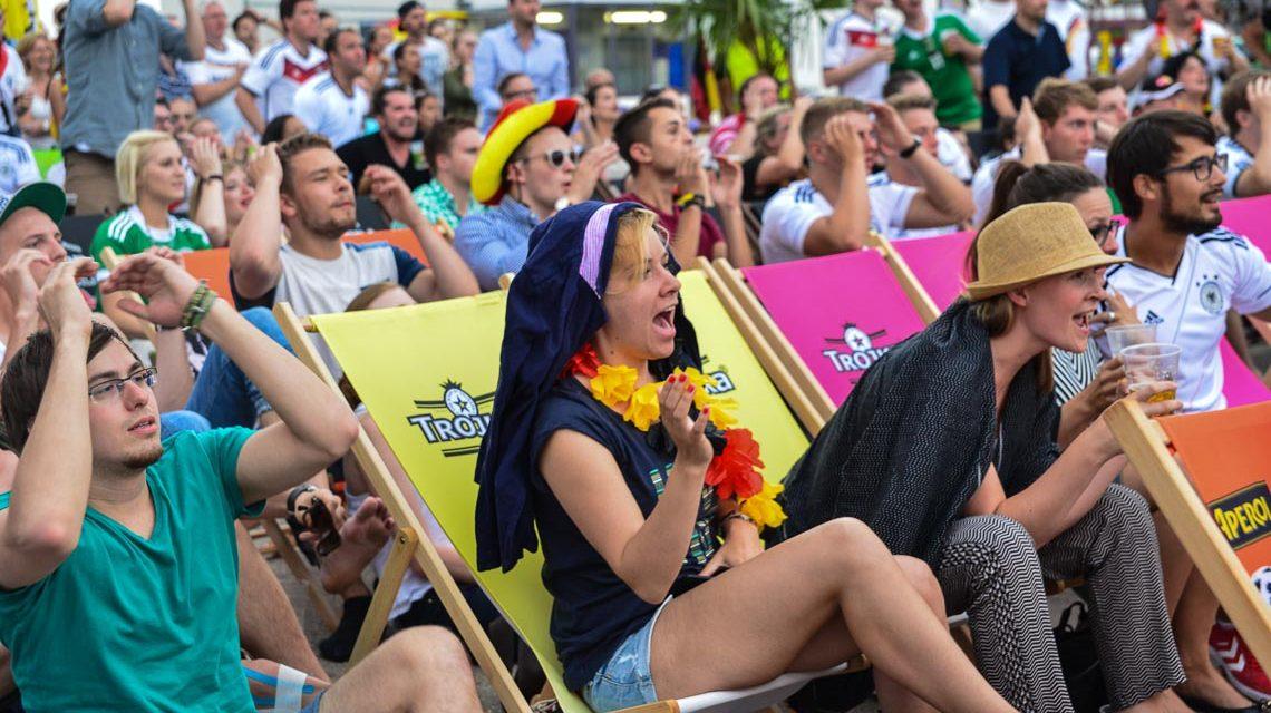 """Jetzt """"Public Viewing"""" für die Fußball-WM beantragen"""