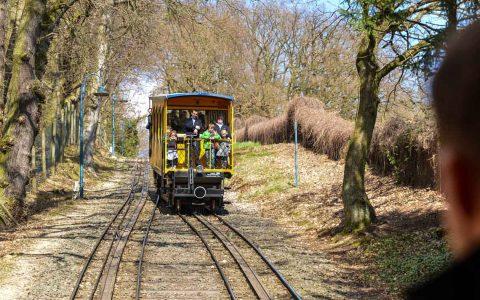 Die Nerobergbahn ist heute als letzte Bergbahn ihrer Art in Deutschland ein technisches Kulturdenkmal nach dem Hessischen Denkmalschutzgesetz. ©2018 Volker Watschounek