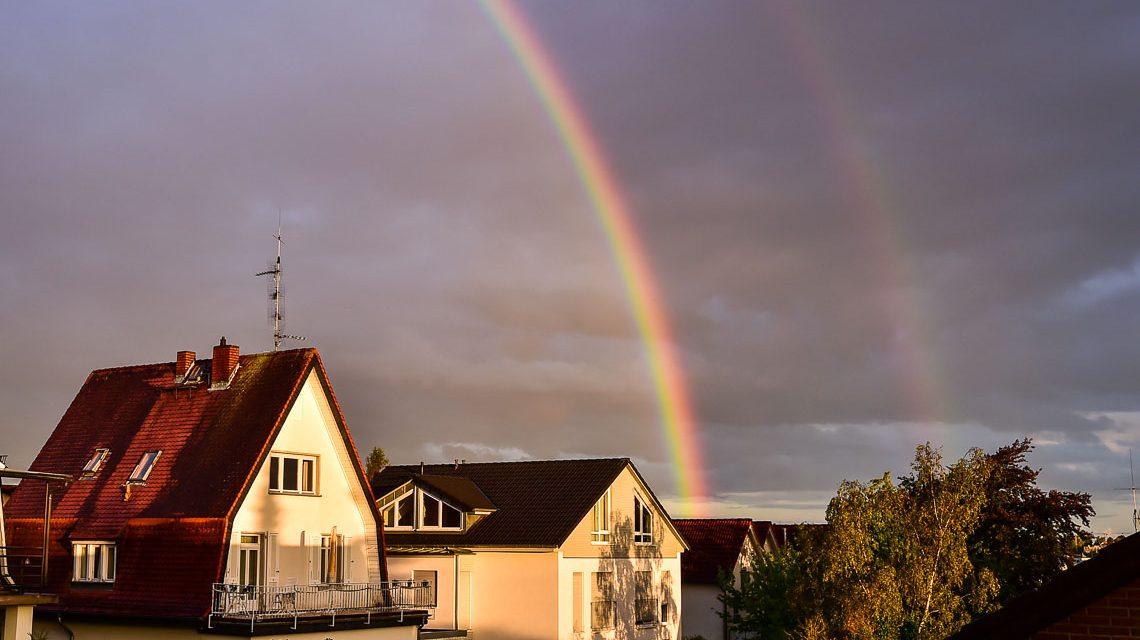 Regenbogen - Bild der Woche 33-2018 über Sonnenberg. ©2018 Volker Watschounek