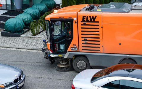 ELW reinigt ab Januar auch die Straßen- und Gehwegabschnitte vor städtischen Liegenschaften. ©2018 Volker Watschounek