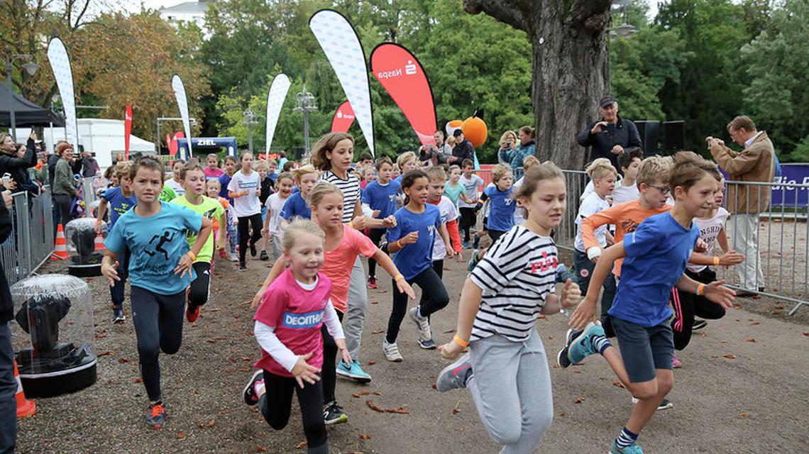 WISPO Kinderlauf am Samstag, 8. September. Die Kids gehen vor dem Lauf an den Start. ©2018 WISPO