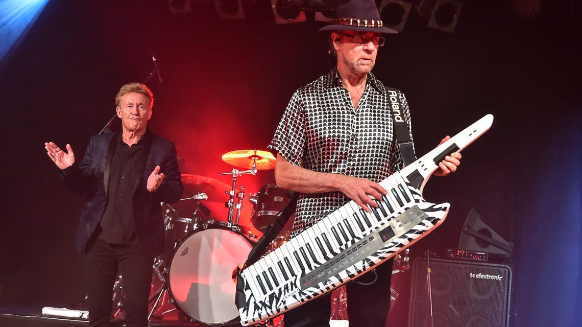 Manfred Mann's Earth Band rockt Wiesbaden