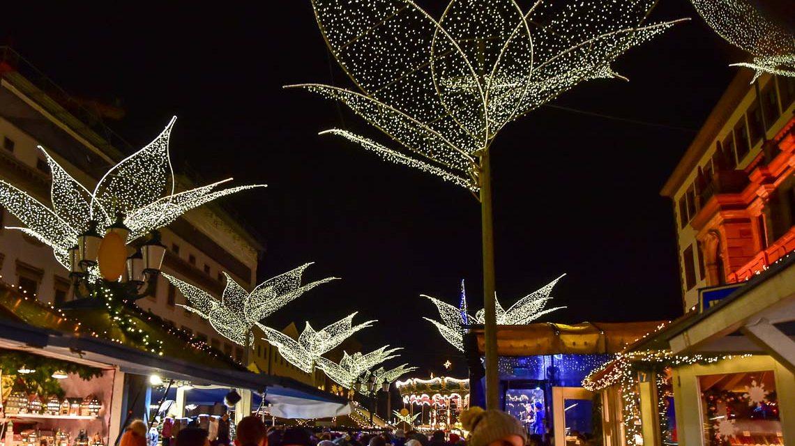 Sternschnupppenmarkt: Wiesbaden weihnachtlich