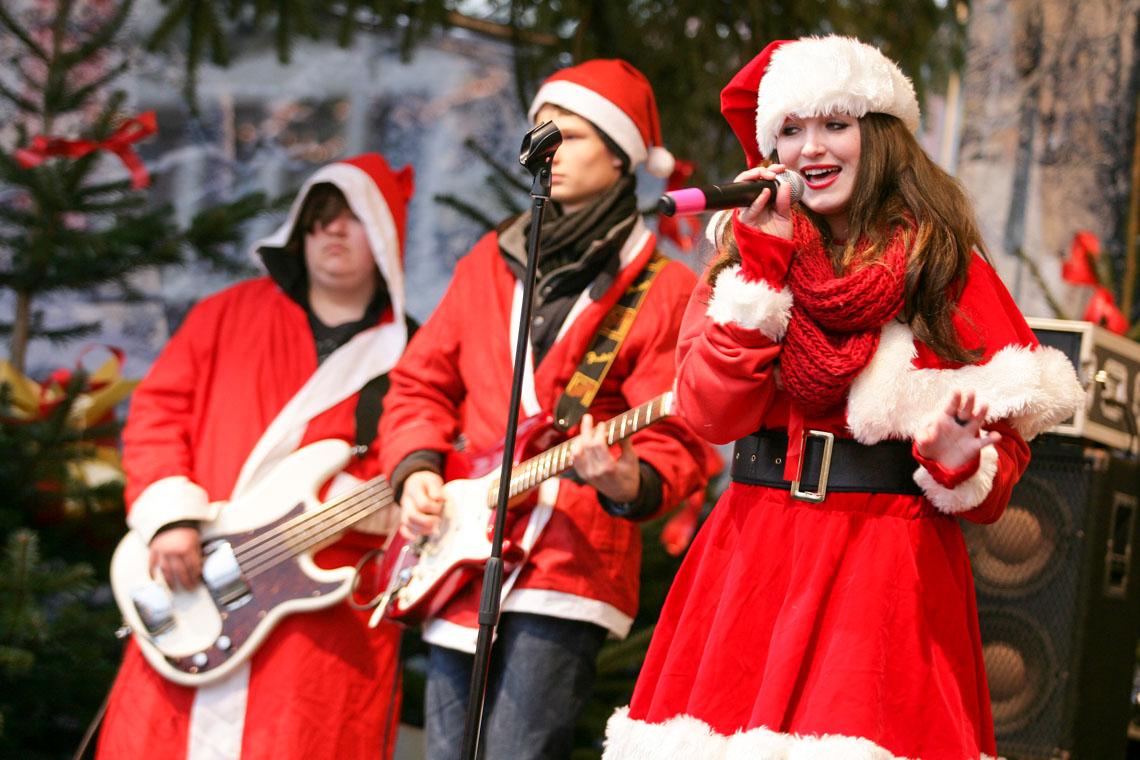 Hessens Weihnachtsmärkte sind vielseitig und laden ein ... ©2018 Tourist Information Hanau