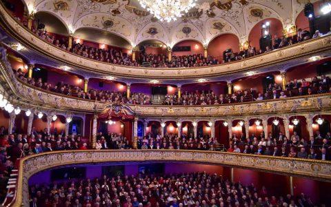 Hessisches Staatstheater – Neujahrskonzert im ausverkauften Großen Haus. © Volker Watschounek